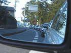 移動中の車内からのサイドミラー